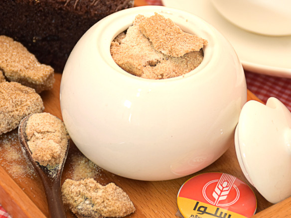تفاوت شکر سفید با شکر قهوه ای + فیلم/ خرید شکر قهوه ای