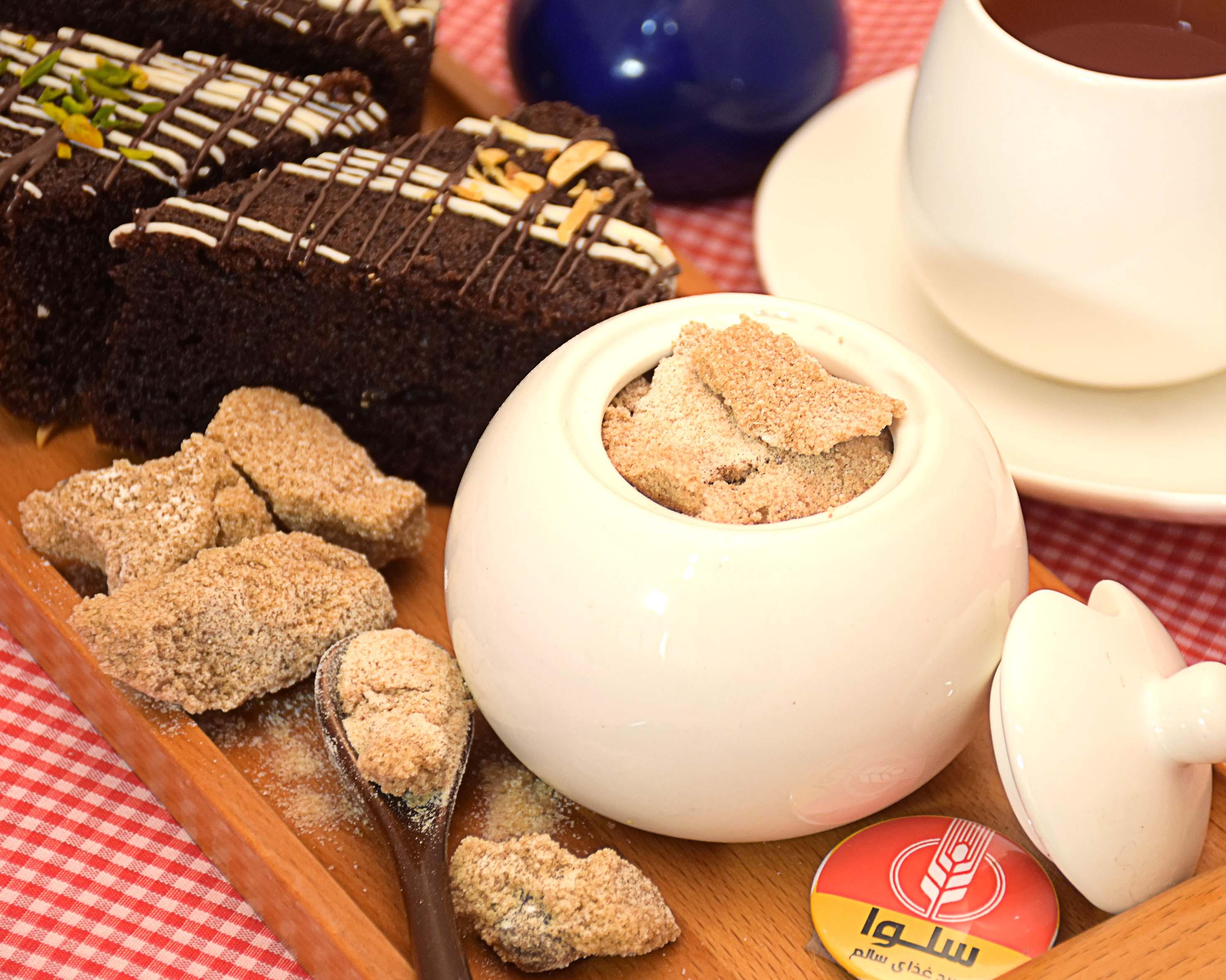 هر آنچه از شکر قهوه ای باید بدانید